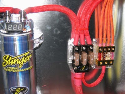 wire a capacitor