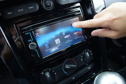 Touch Screen Car Stereo 2