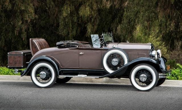 5 Basic Tips to Looking After a Classic Car