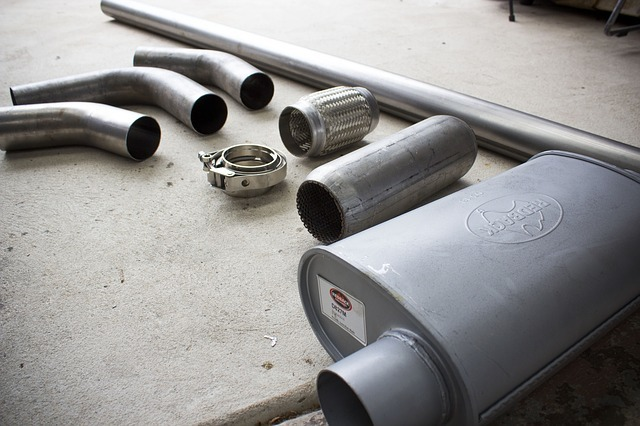 what is a muffler delete