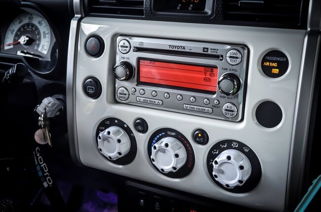 What to Consider While Choosing Car Stereos
